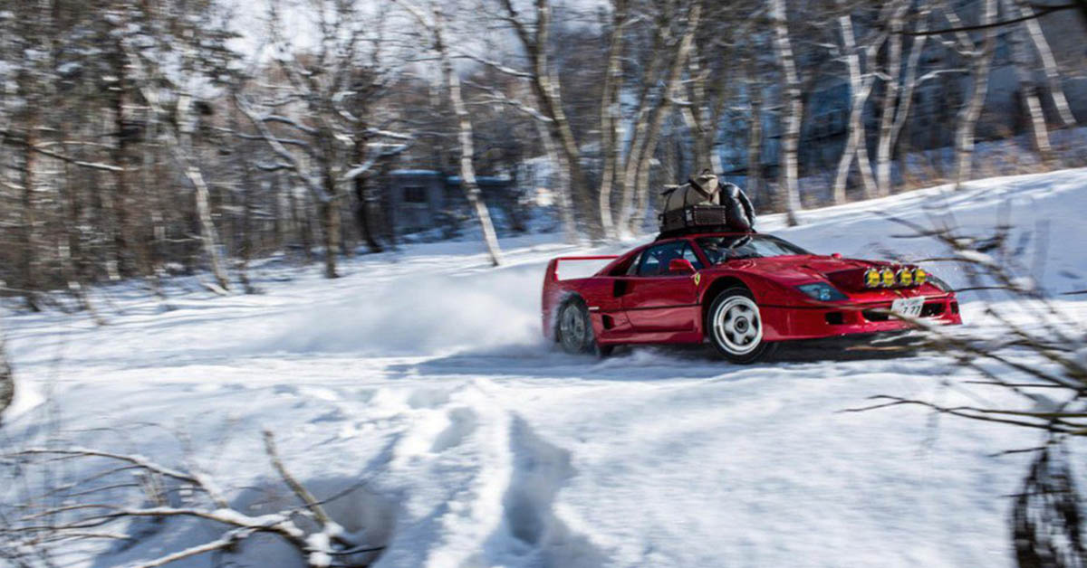 Drifting a Ferrari F40 in Snow Up To Base Camp 4K. 2